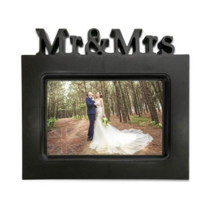 Mr and Mrs Black Wedding Photo frame holder with 3D text 6x4