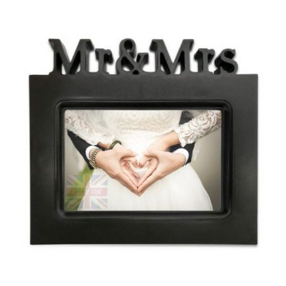 "Mr and Mrs 6"" x 4"" photo frame gift for wedding couple Black"